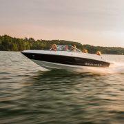 bay14_Fast_Motor_boat